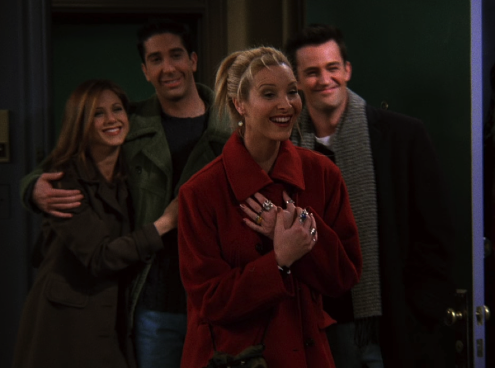 Look how happy Pheebs is! / NBC Universal / Handbag Marinara: A FRIENDS Podcast / @handbagmarinara