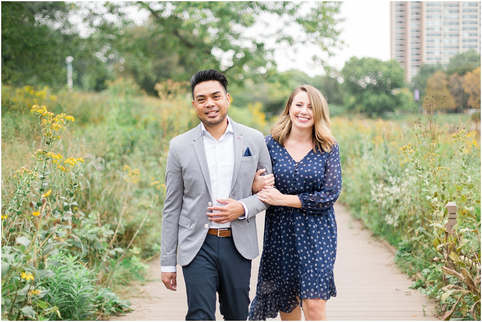 lincoln-park-zoo-engagement-session_0017.jpg