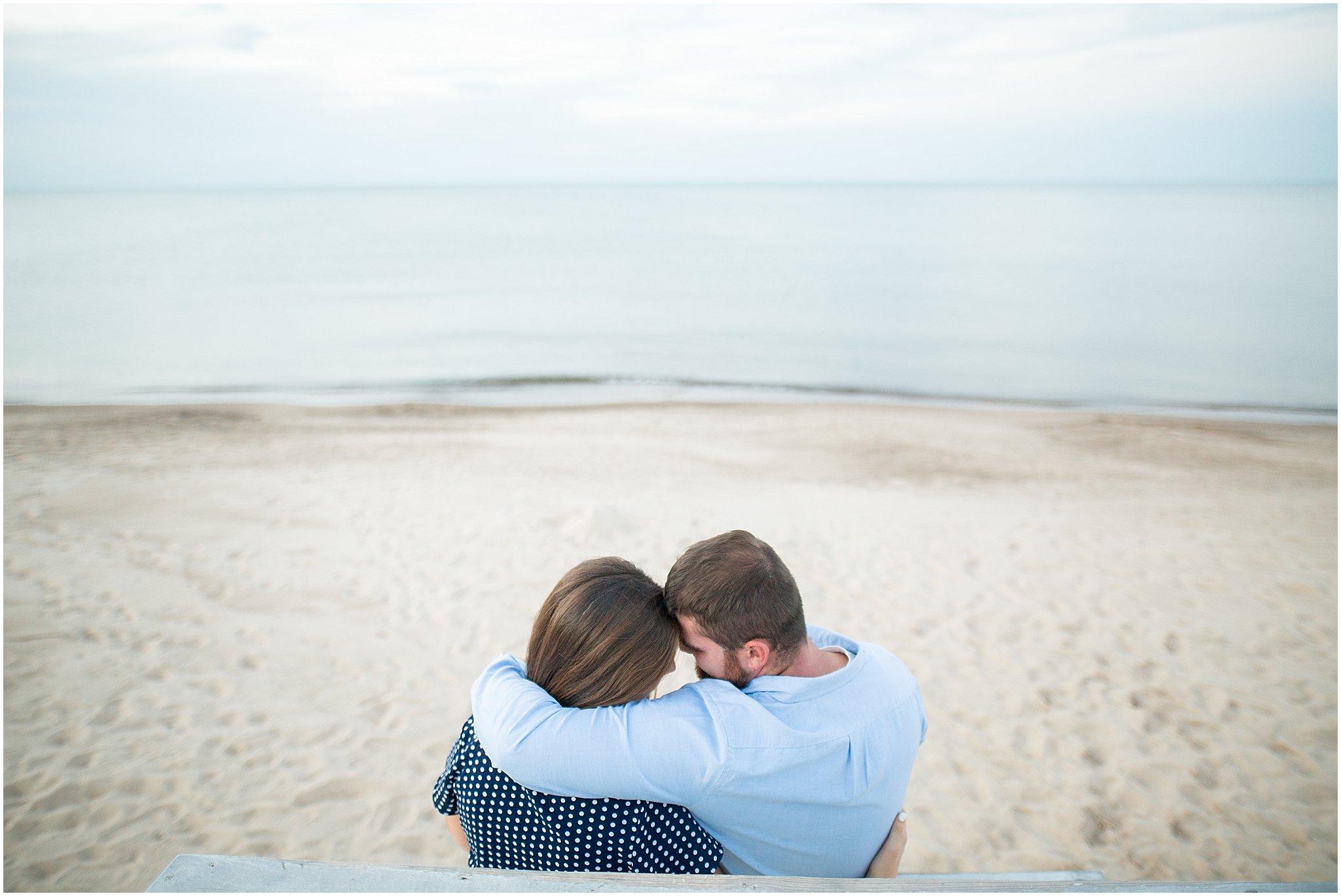 marquette-park-beach-engagement-photographer_0034.jpg