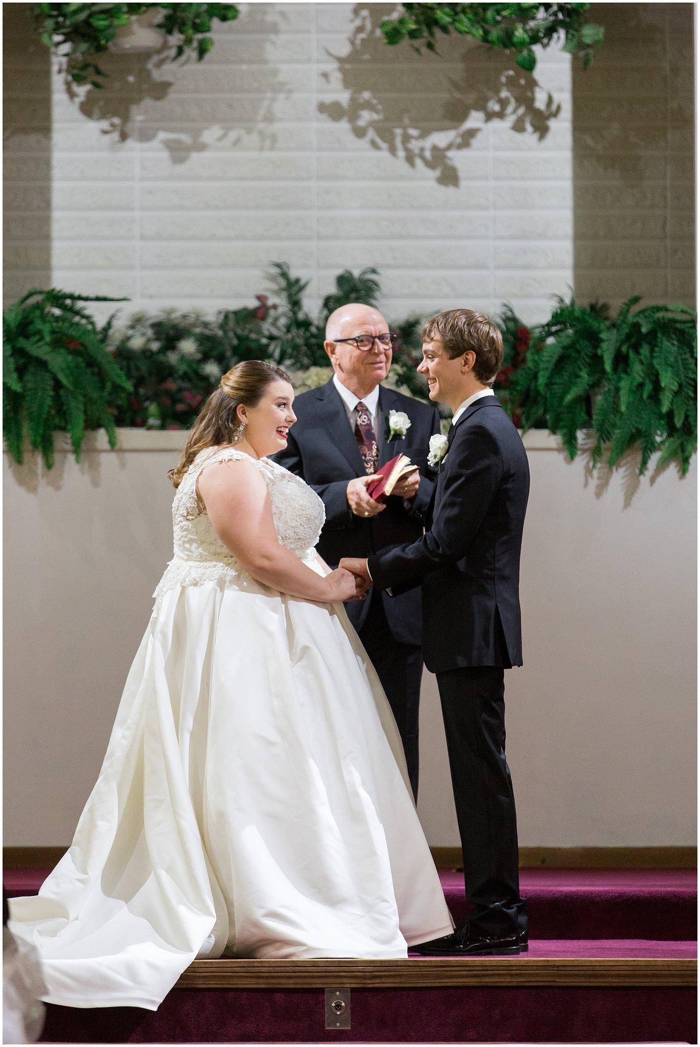 detroit-fairlane-club-fall-wedding_0009.jpg