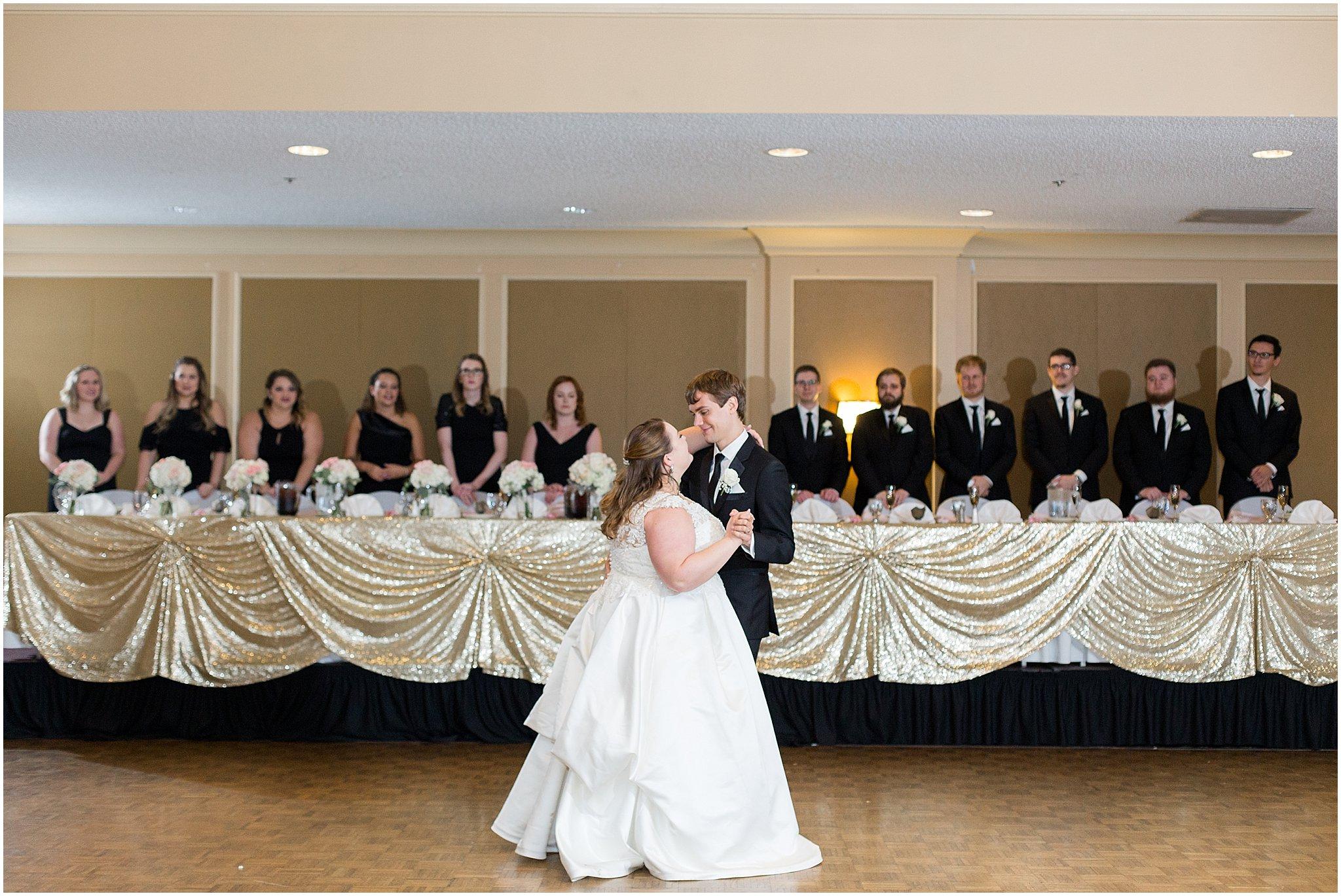 detroit-fairlane-club-fall-wedding_0045.jpg