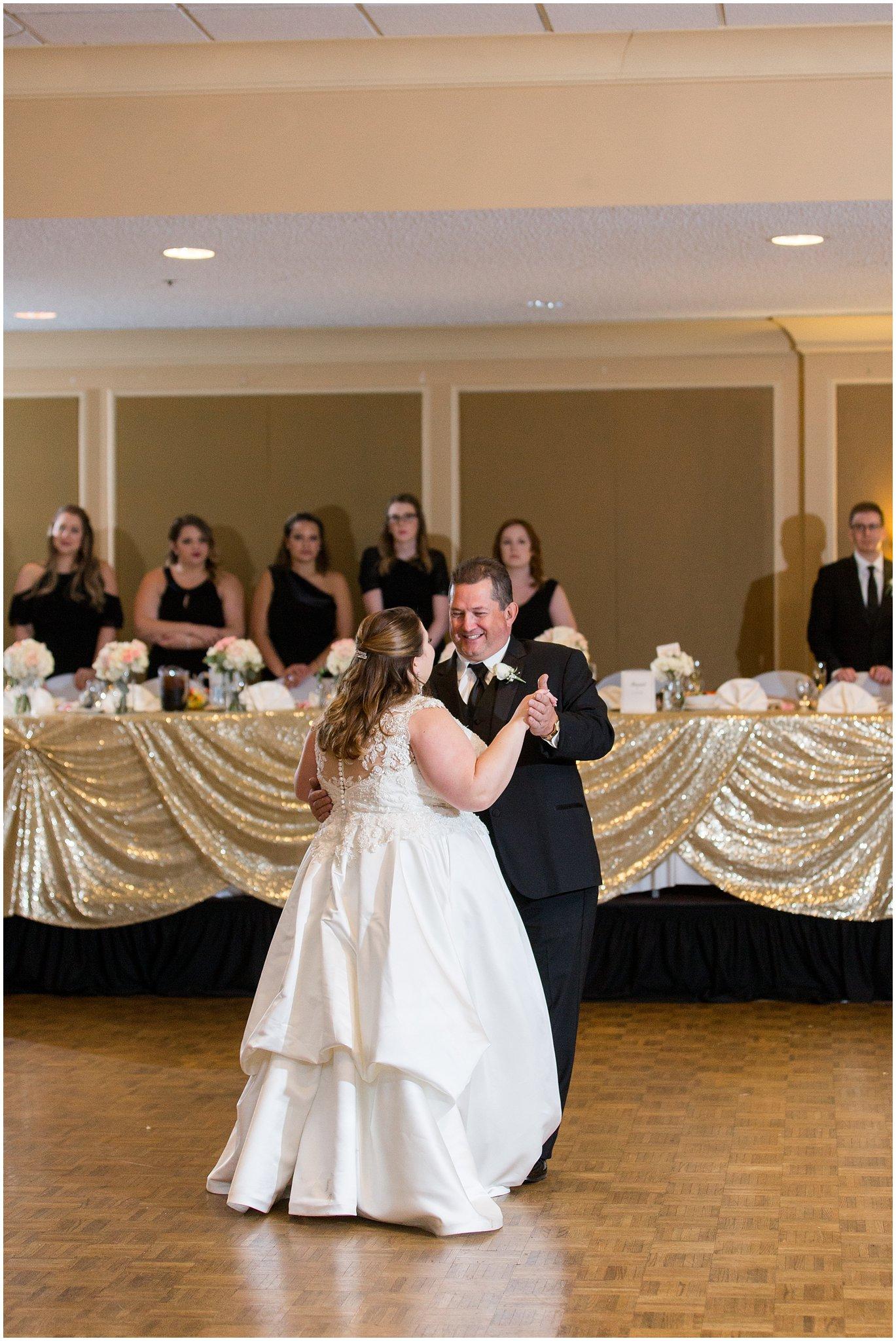 detroit-fairlane-club-fall-wedding_0046.jpg