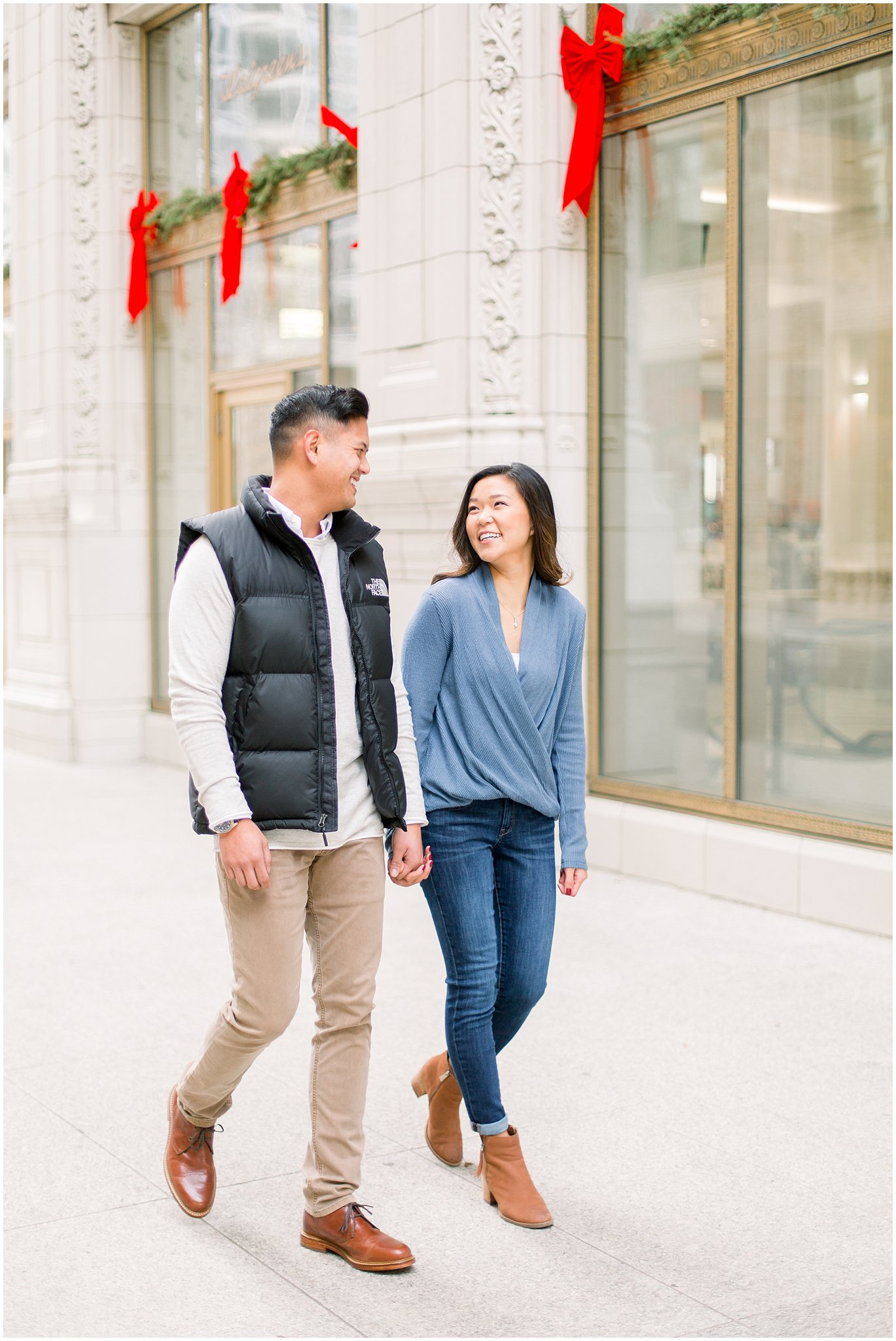 winter-downtown-engagement-session_0004.jpg