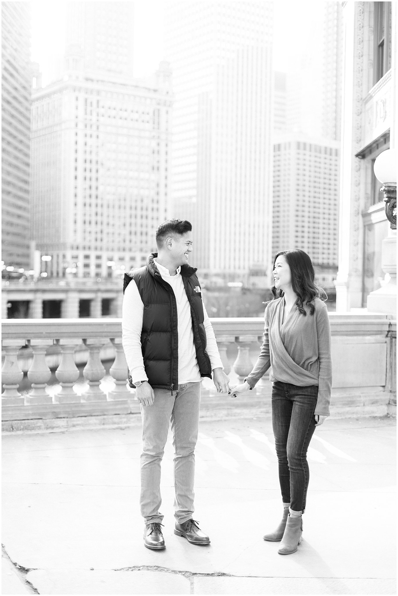 winter-downtown-engagement-session_0011.jpg
