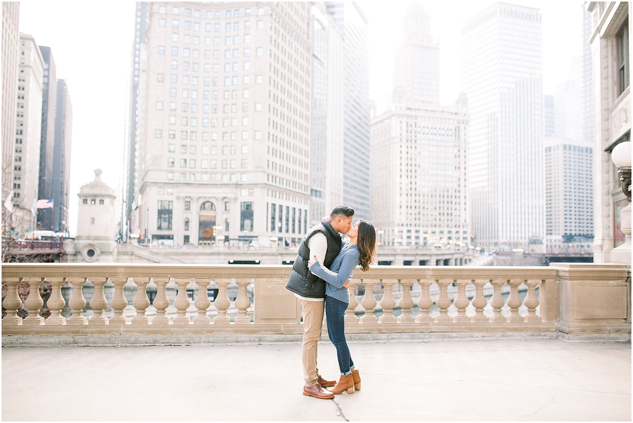 winter-downtown-engagement-session_0012.jpg
