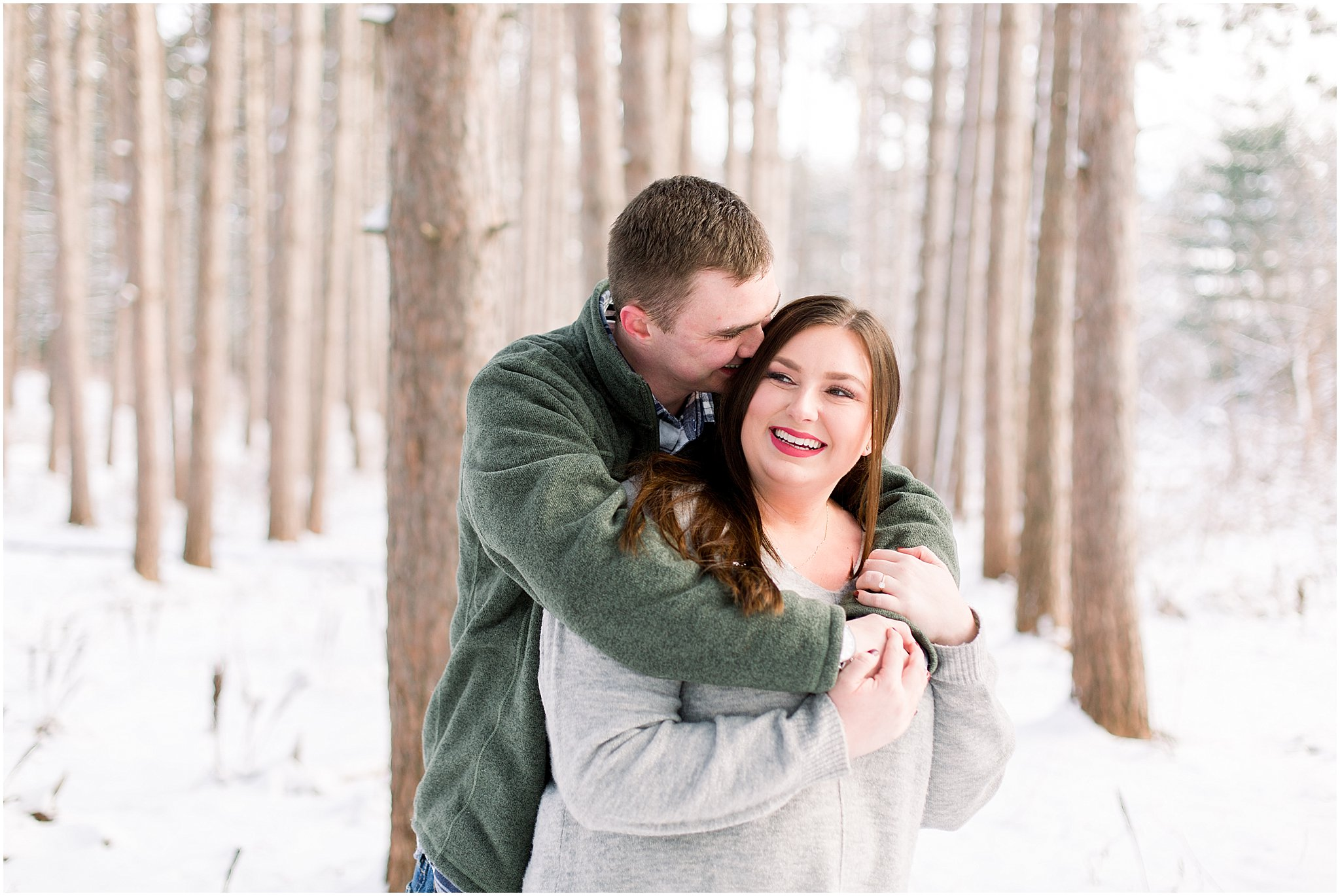 winter-downtown-engagement-session_0037.jpg