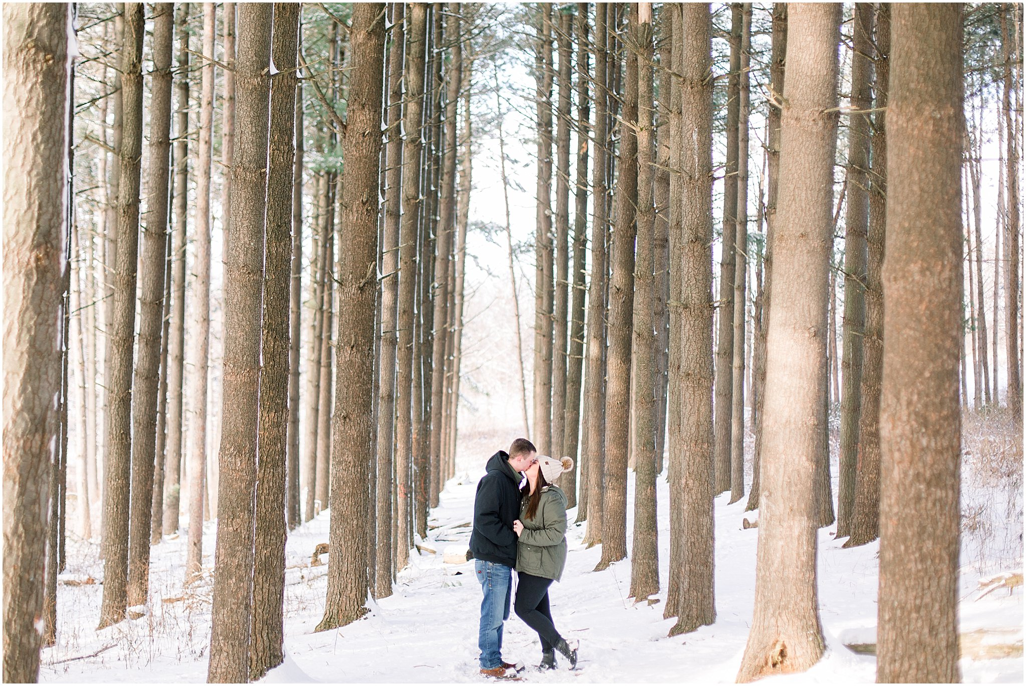 winter-downtown-engagement-session_0041.jpg