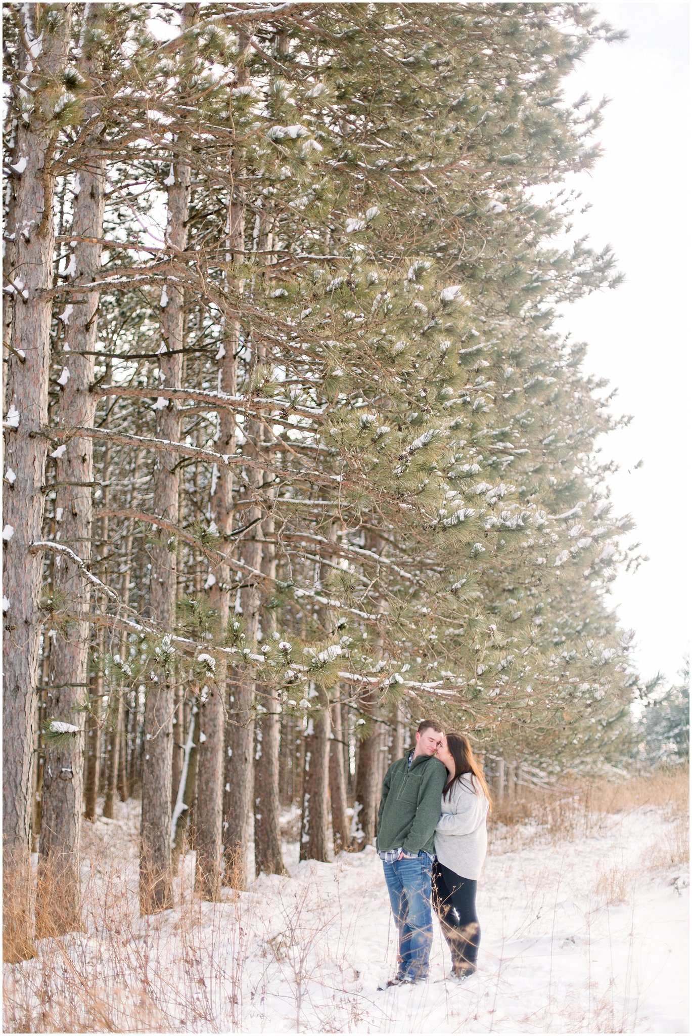 winter-downtown-engagement-session_0054.jpg