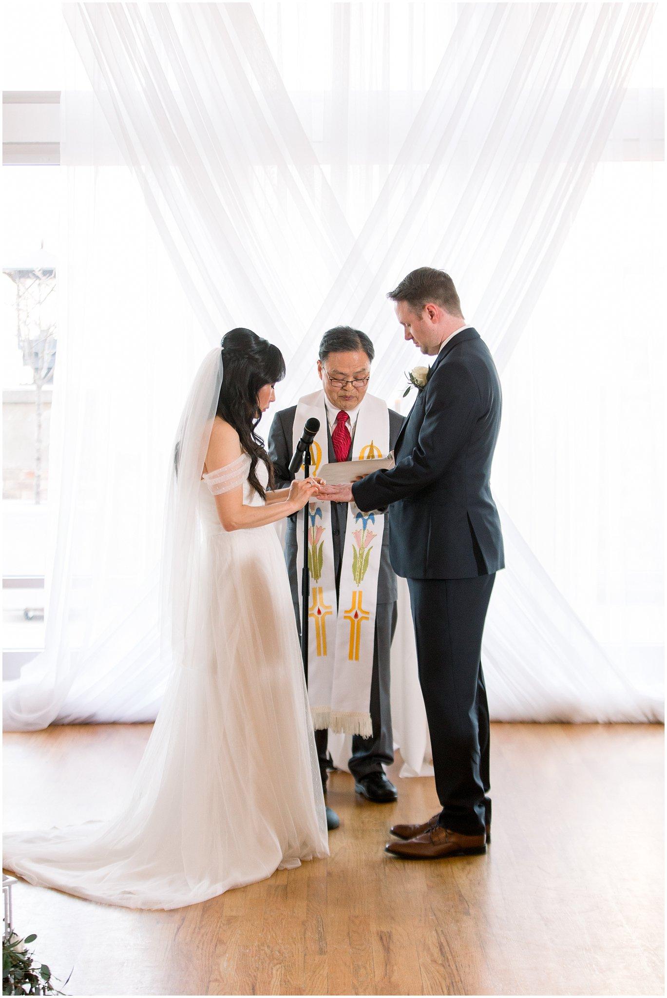 metropolis-ballroom-spring-wedding-photo_0059.jpg