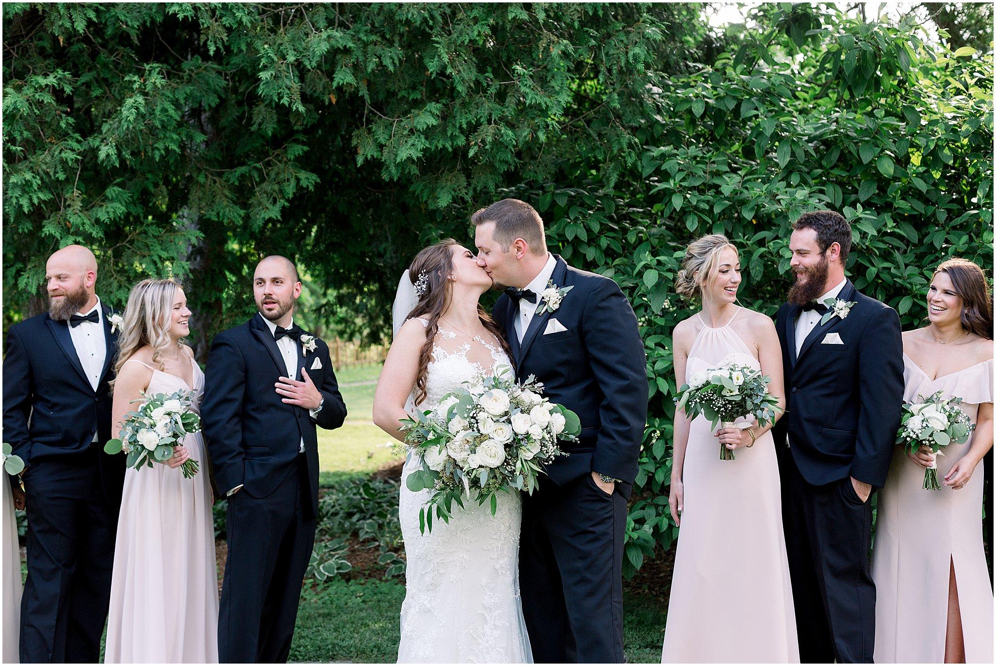 company-251-summer-chicago-wedding-photos_0031.jpg