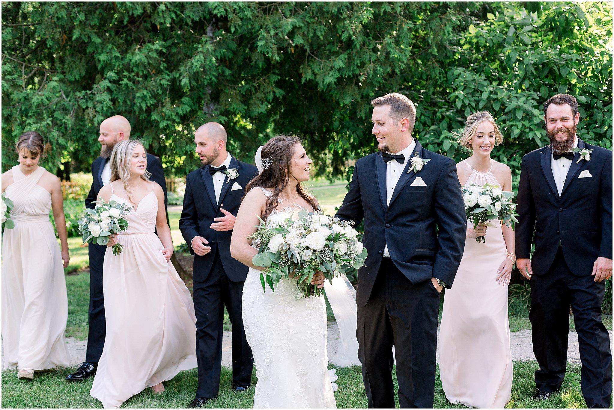 company-251-summer-chicago-wedding-photos_0032.jpg