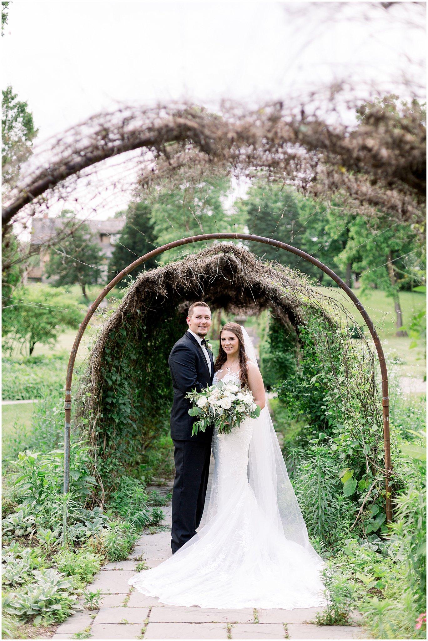 company-251-summer-chicago-wedding-photos_0044.jpg