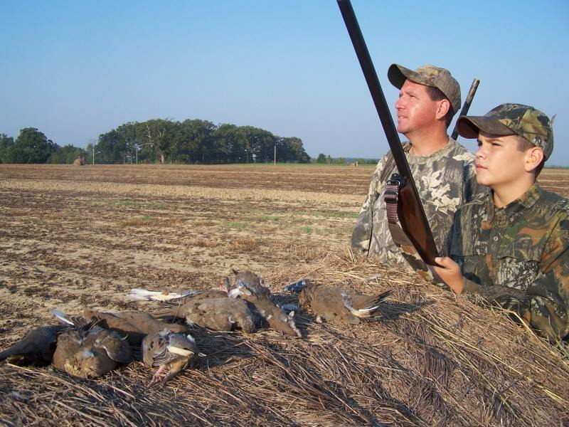 Duck Hunting - CrossHeirs is excited to be partnering with the following duck hunting guide services:We recommend Greg Jacobs at Old English Hunt Club, Jabber Hodges at Heavy Shot Guide Service and Ryan Henderson at Duck Down Guide Service. Excellent well established guide services with rice, corn, beans, and more!Dogs are welcome!