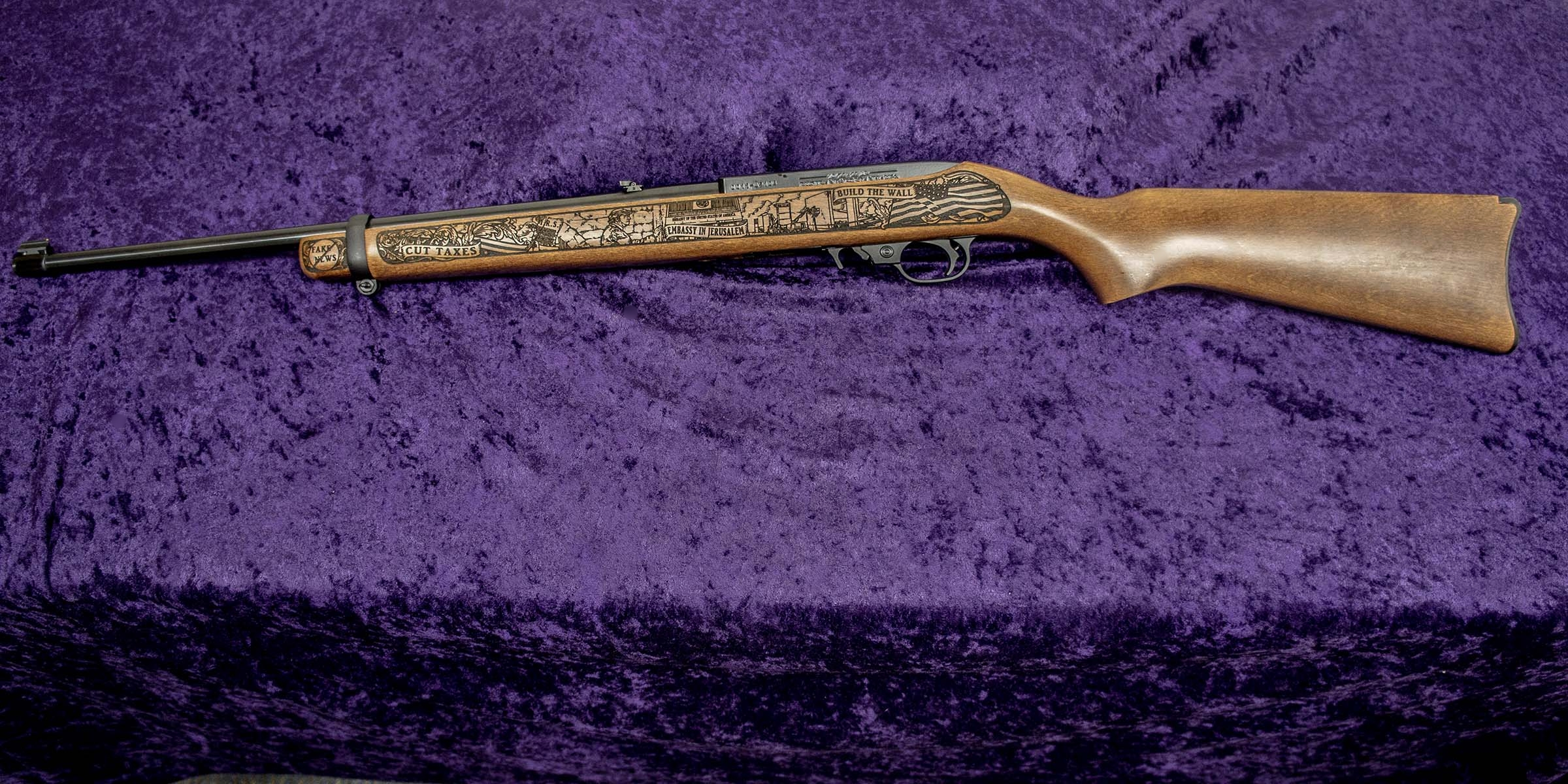 Left-side of GOP Trump 2020 Rifle