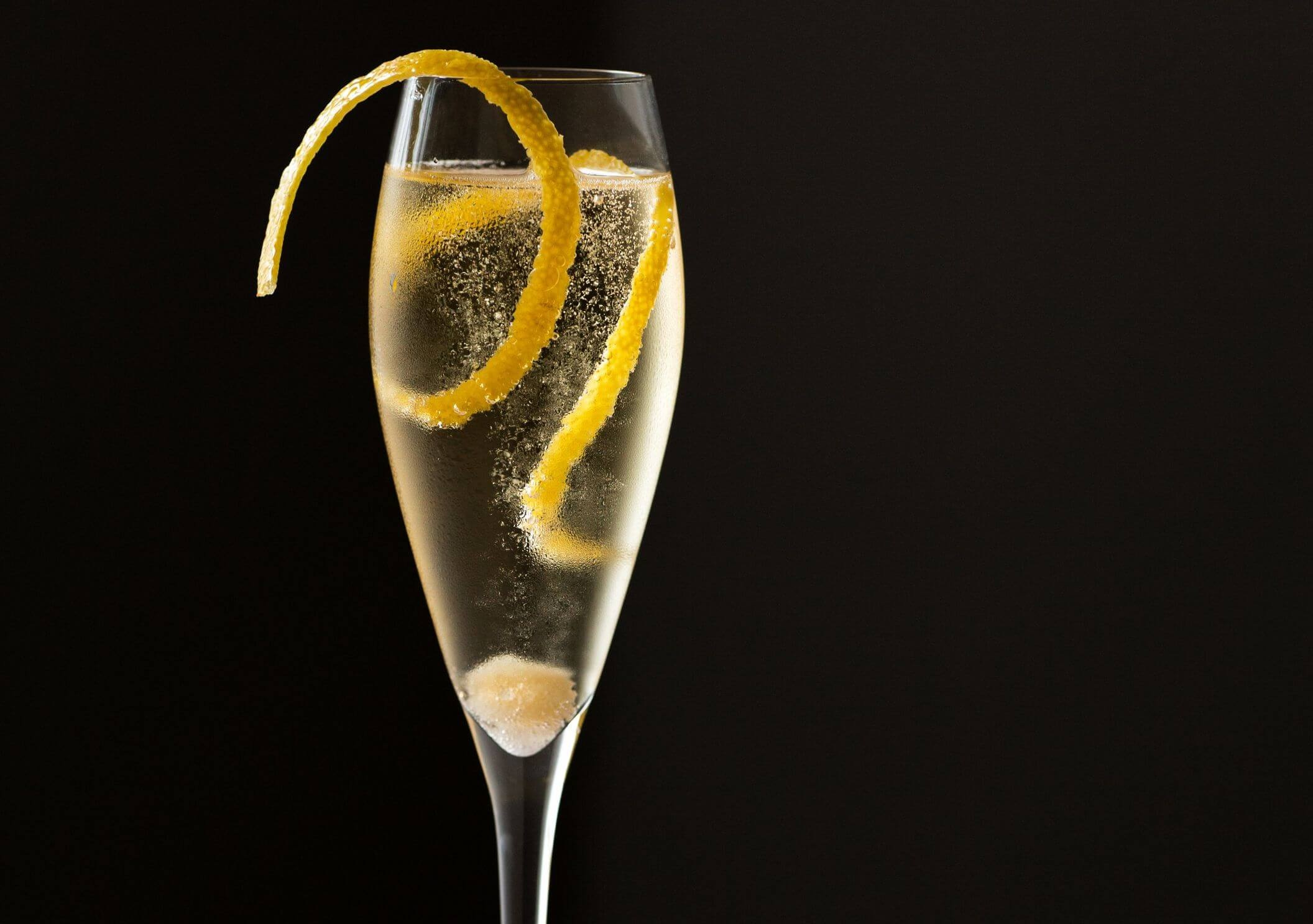 champagnecocktail-1546616389+%281%29.jpg