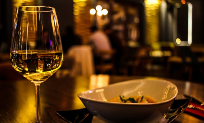 restaurant_pexels-photo-370984-660x400.jpg