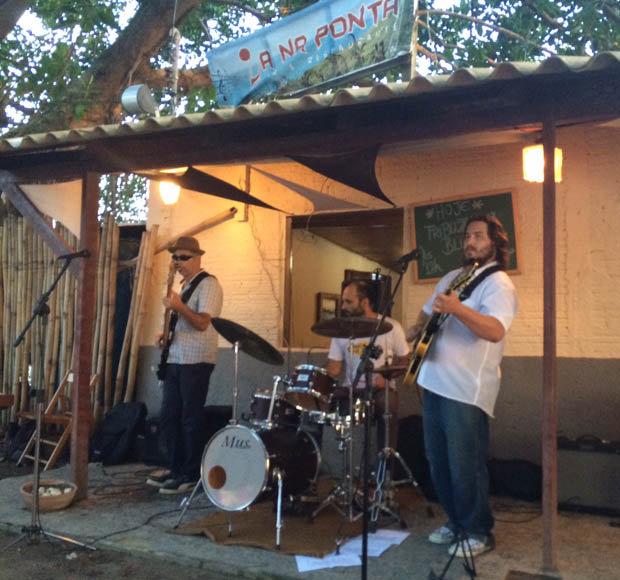La Na Ponta blues bar in Sambaqui [ELLA BUCHAN]