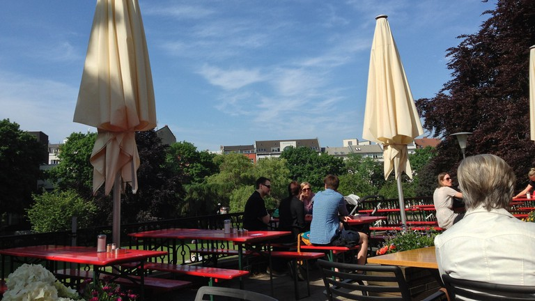 The Outdoor terrace at Nola's at Weinberg Park |  © Olivier Bruchez / Flickr