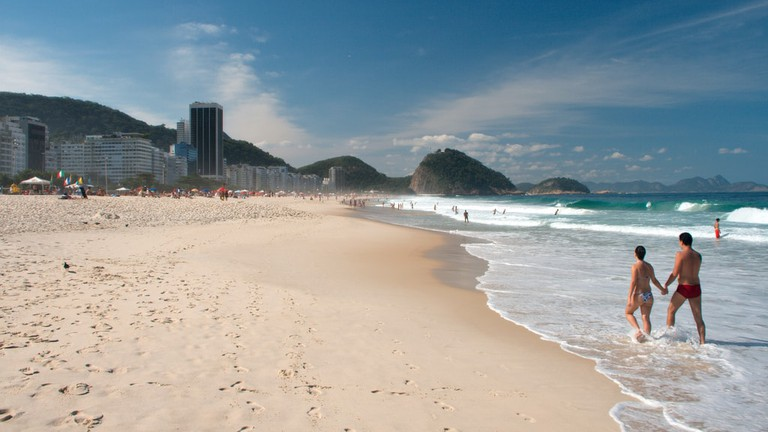 Boate La Cueva is just a couple of blocks away from the world-famous Copacabana beach |  © PROChristian Haugen / Flickr