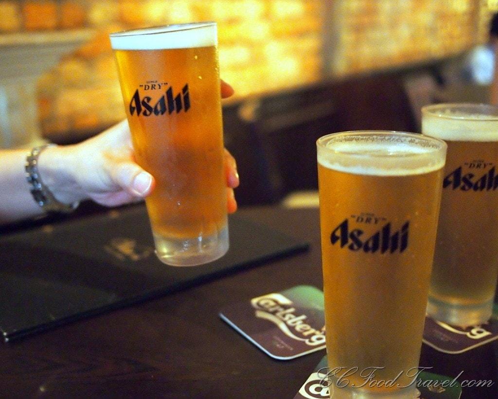 Asahi Draft | © CCFoodTravel.com/Flickr