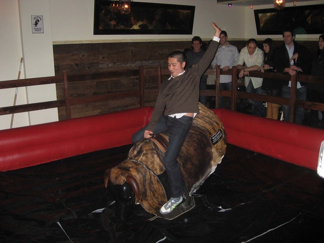 Mechanical Bull Antics © holycalamity / Flickr