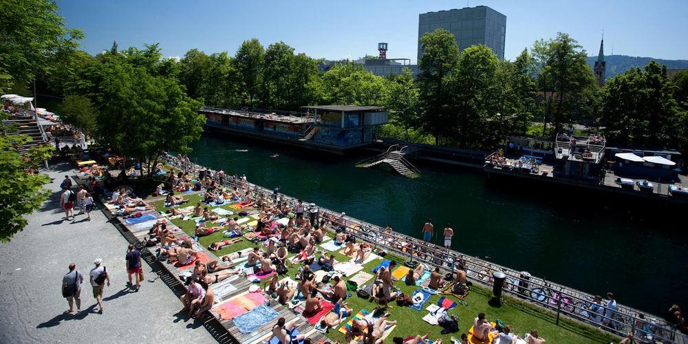 Best Bars Zurich ~ Oberer Letten / Photo: Facebook Flussbad-Oberer-Letten-ZH