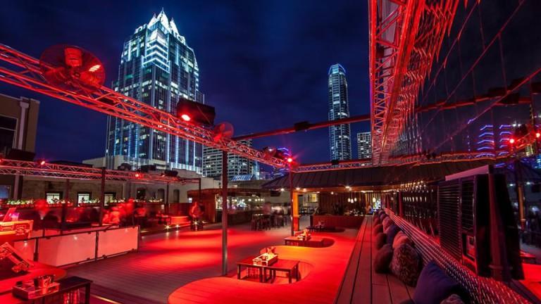 Summit Rooftop Lounge   © Summit Rooftop Lounge
