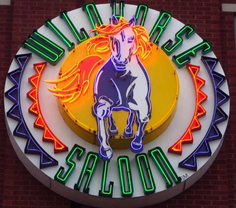 Wildhorse Saloon neon sign |  © SeeMidTN.com/Flickr