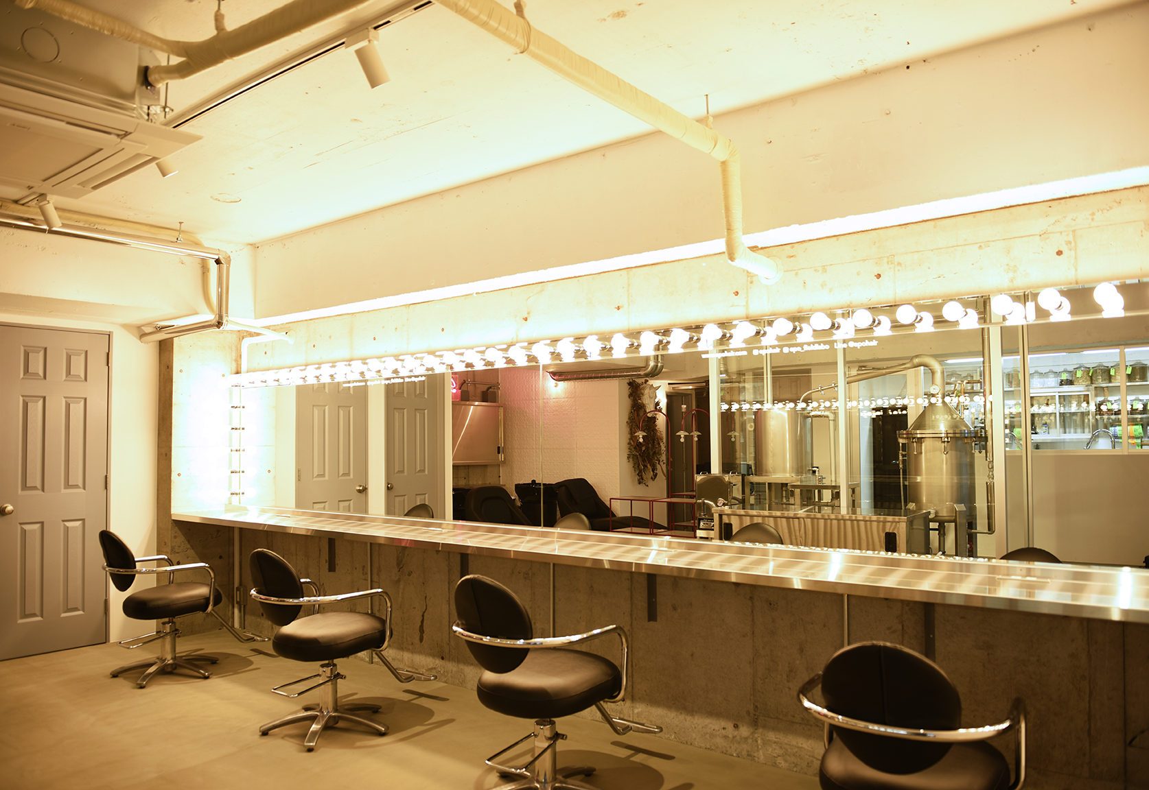 EPO Hair STUDIO - 東京都 渋谷区 富ヶ谷 1-9-15 1F1-9-15 1F Tomigaya,Shibuya,Tokyo zip 151-0063tel.03.6407.9970 予約優先制openMonday 8:00 am to 5:00 pmTuesday Only Labo & FactoryOther days 10:00 am to8:00 pmLine @epohair