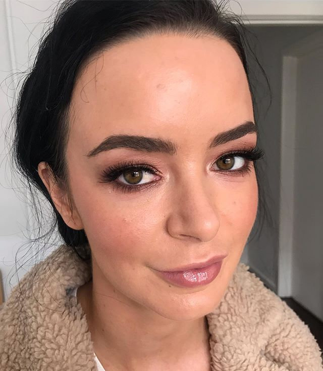 KATIE 💛 Skin that looks like skin and eyes that pop. Using some of my faves @ardelllashesaus demi wispies layered with medium individual lashes  @chatecaille lip chic in patience @narsissist skin deep palette . . . #bridaltrial #realbride #melbournemakeupartist #smokeyeyeshadow #freshskin #browgoals #almondeyes #weddingmakeupmelbourne #newlyengaged