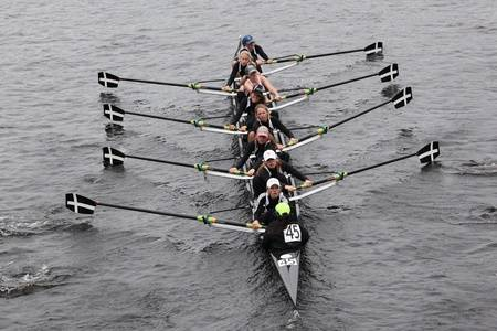 11229647-boston-october-23-bishop-eustace-prep-school-youth-womens-eights-races-in-the-head-of-charles-regatt.jpg