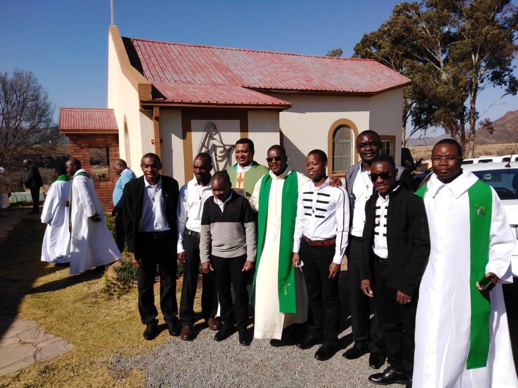 The Candidates and their Novice Master, Fr. John Mangwele, Delegate Superior of South Africa; presiding priest Fr. Cosmas Onwukwe, and Fr. Castigo Psere representing Mozambique