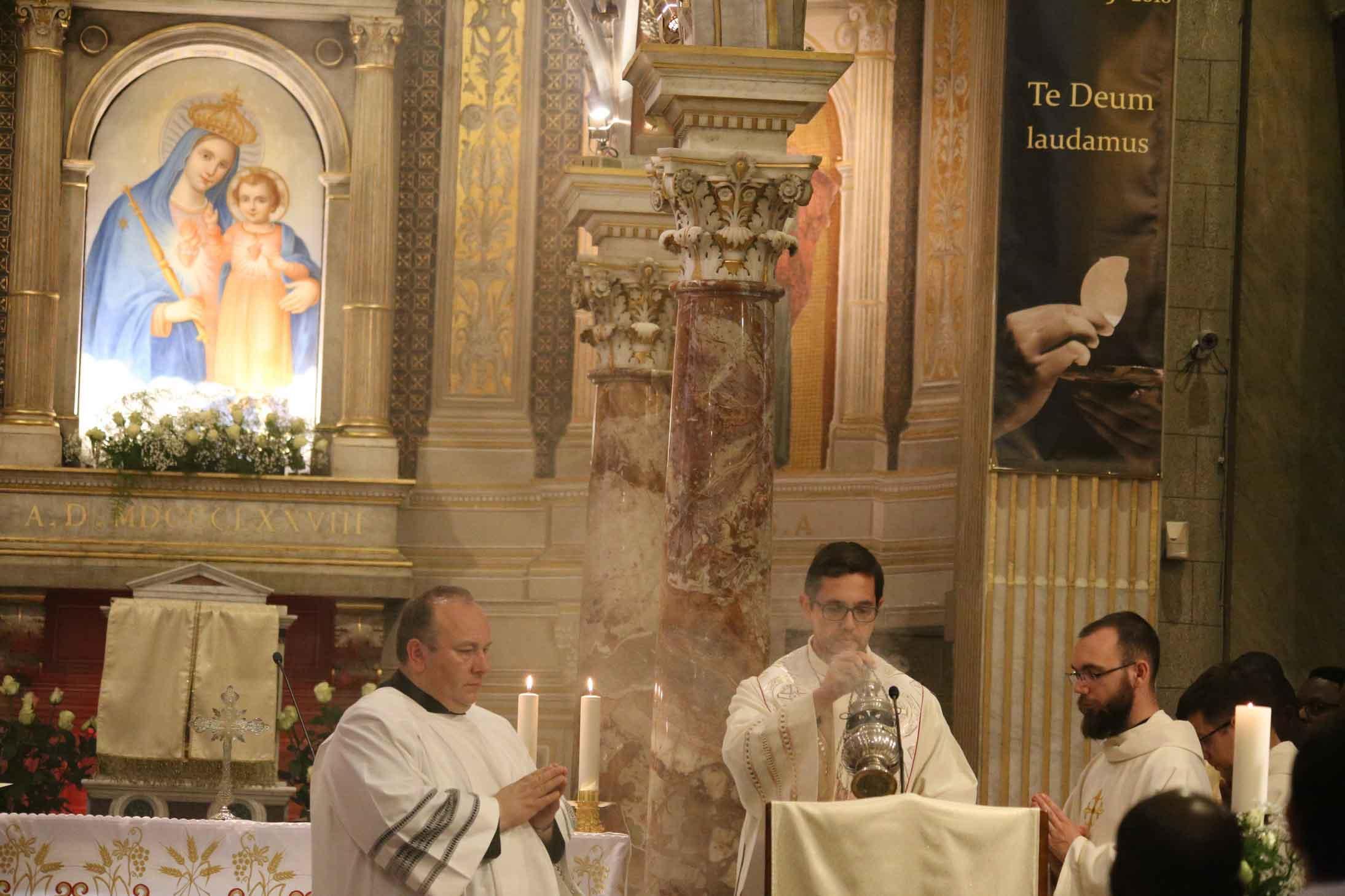 Celebrazione-del-bicentenario-dellordinazione-sacerdotale-di-San-Vincenzo-Pallotti-nella-Chiesa-del-SS.-Salvatore-in-Onda-19.jpg
