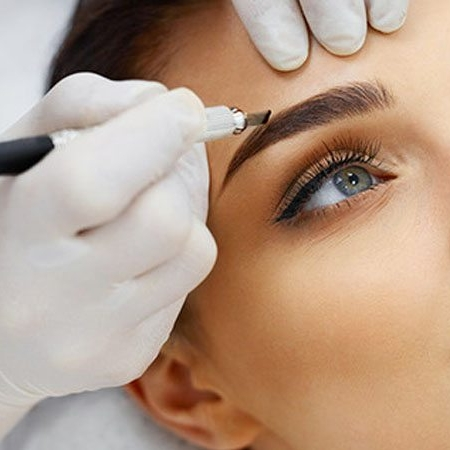 A-Guide-to-Cosmetic-Tattooing-and-Permanent-Makeup.jpg