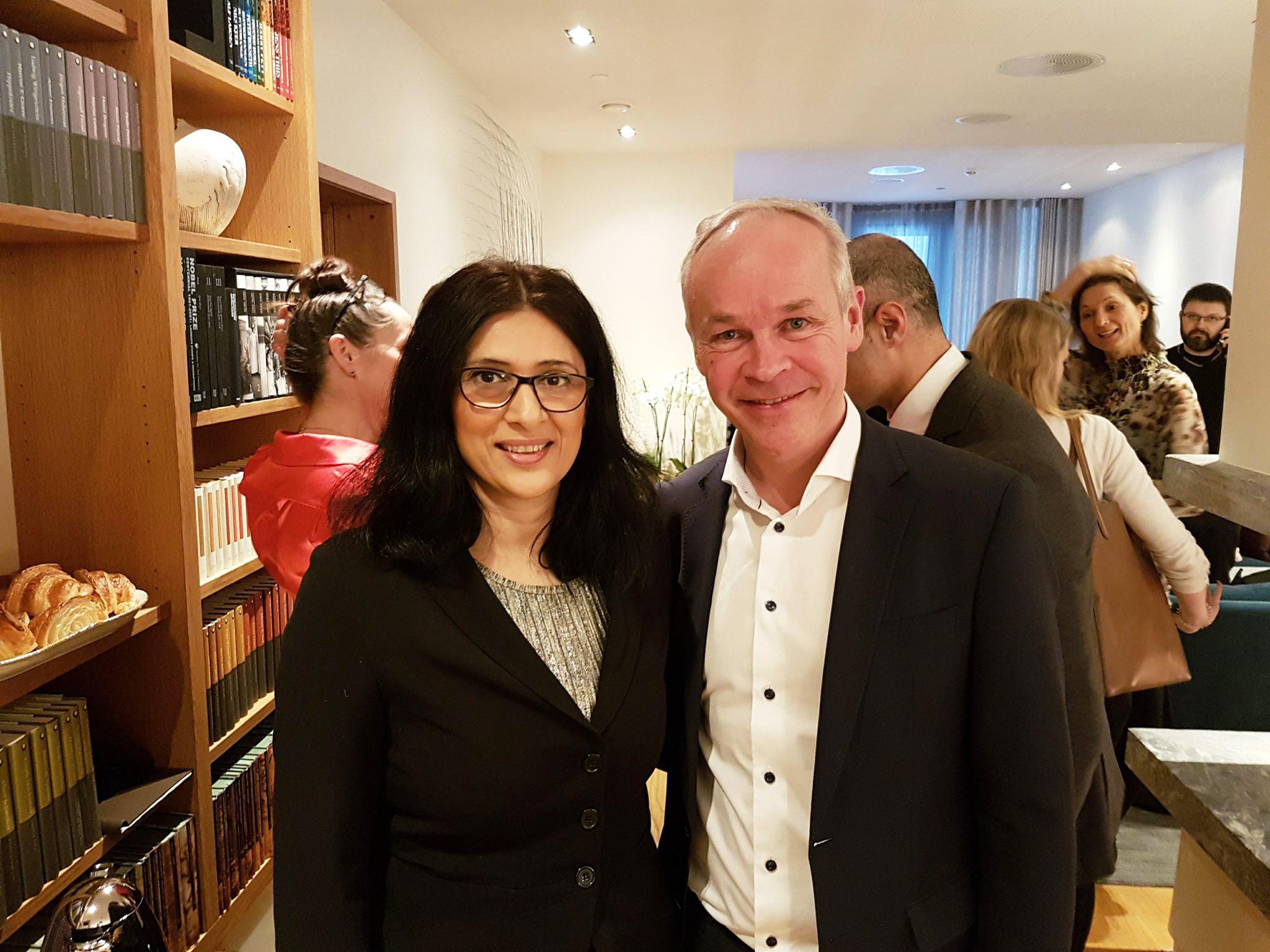 Jan Tore Sanner og Loveleen Brenna