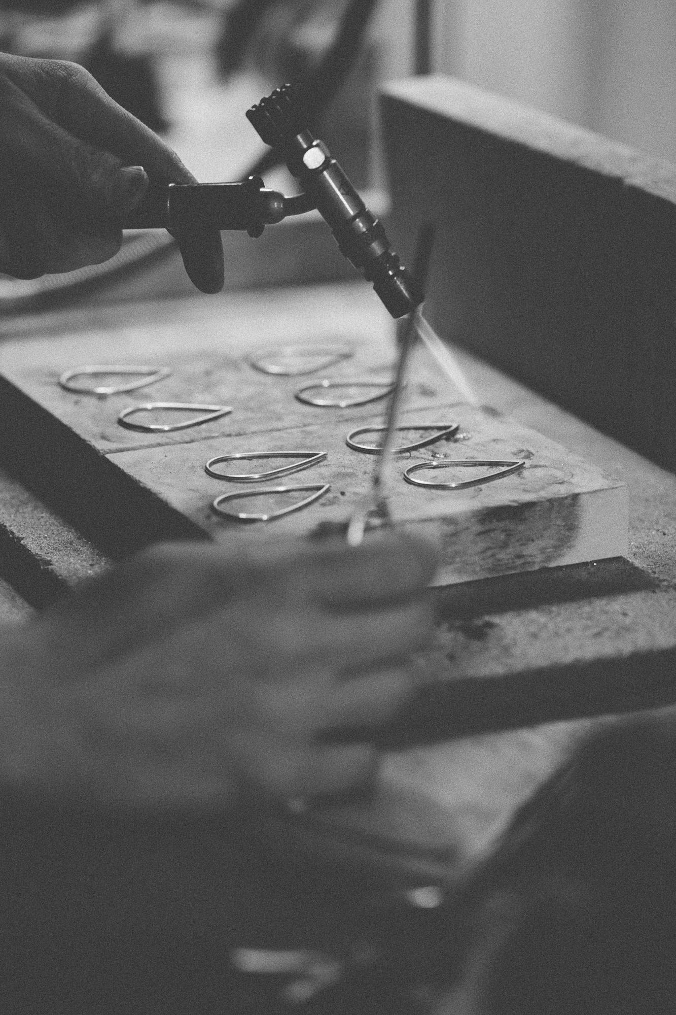 The making of Drop pendants.
