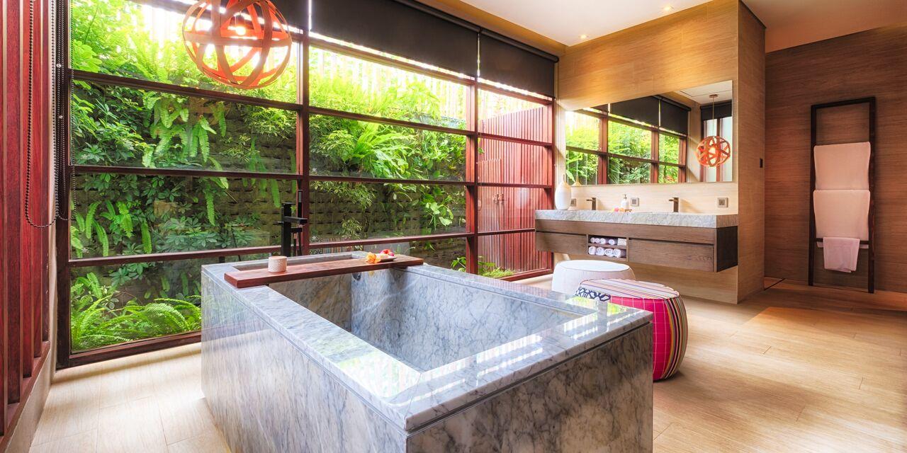 villa bathroom 2.jpeg