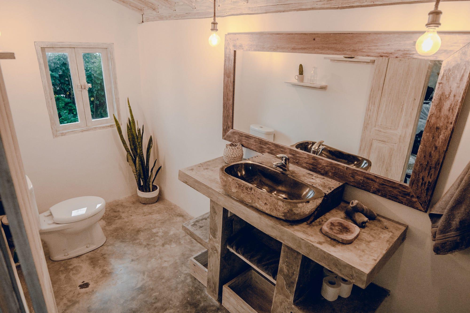 java house WC.jpg