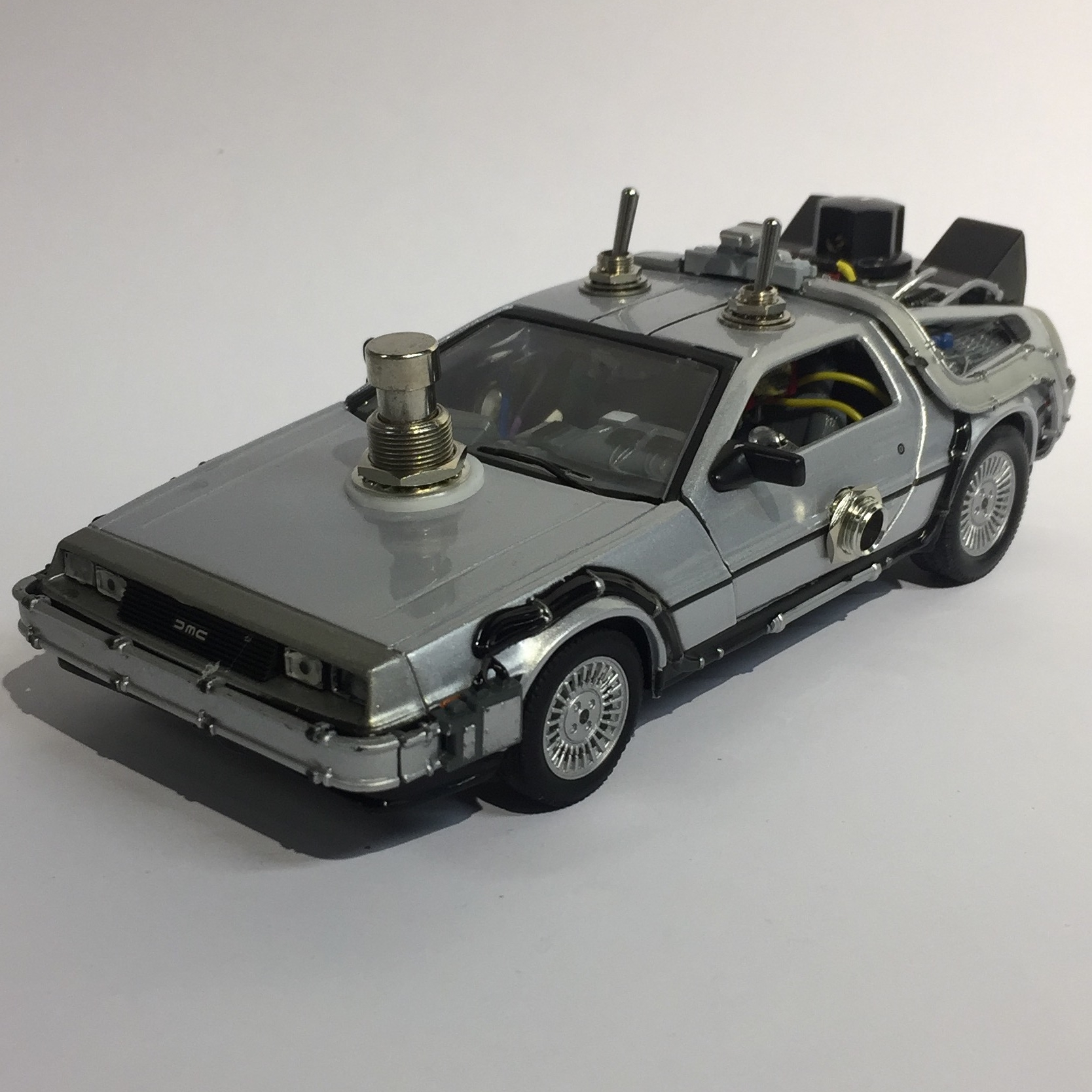 Delorean boost pedal