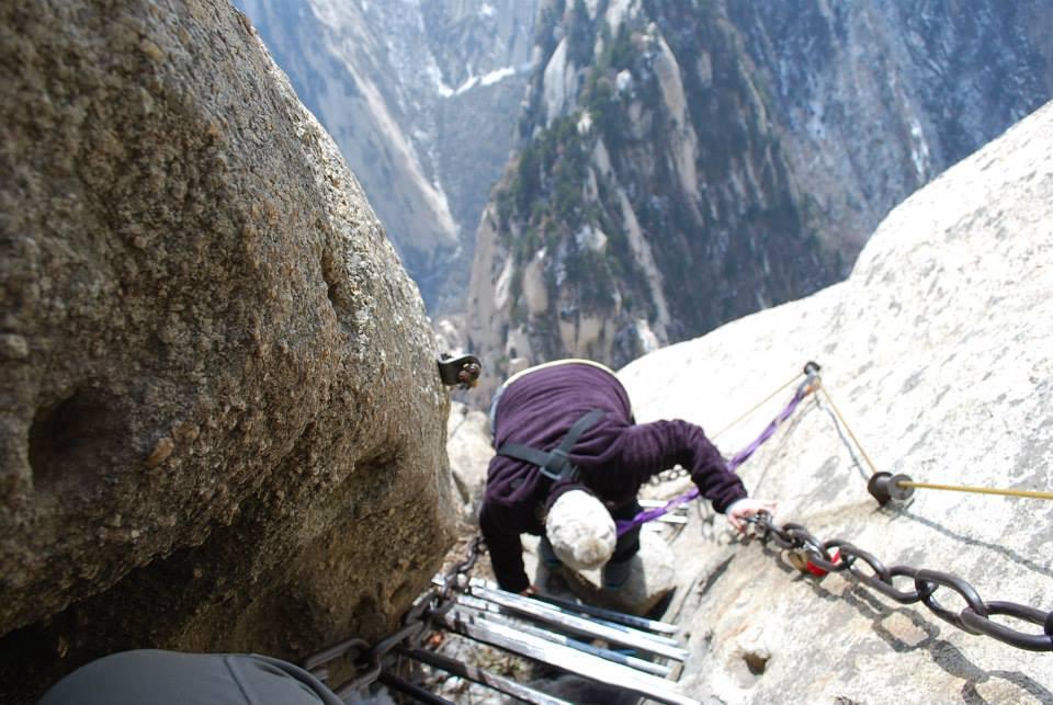 Mount Hua Plank Walk in the Sky