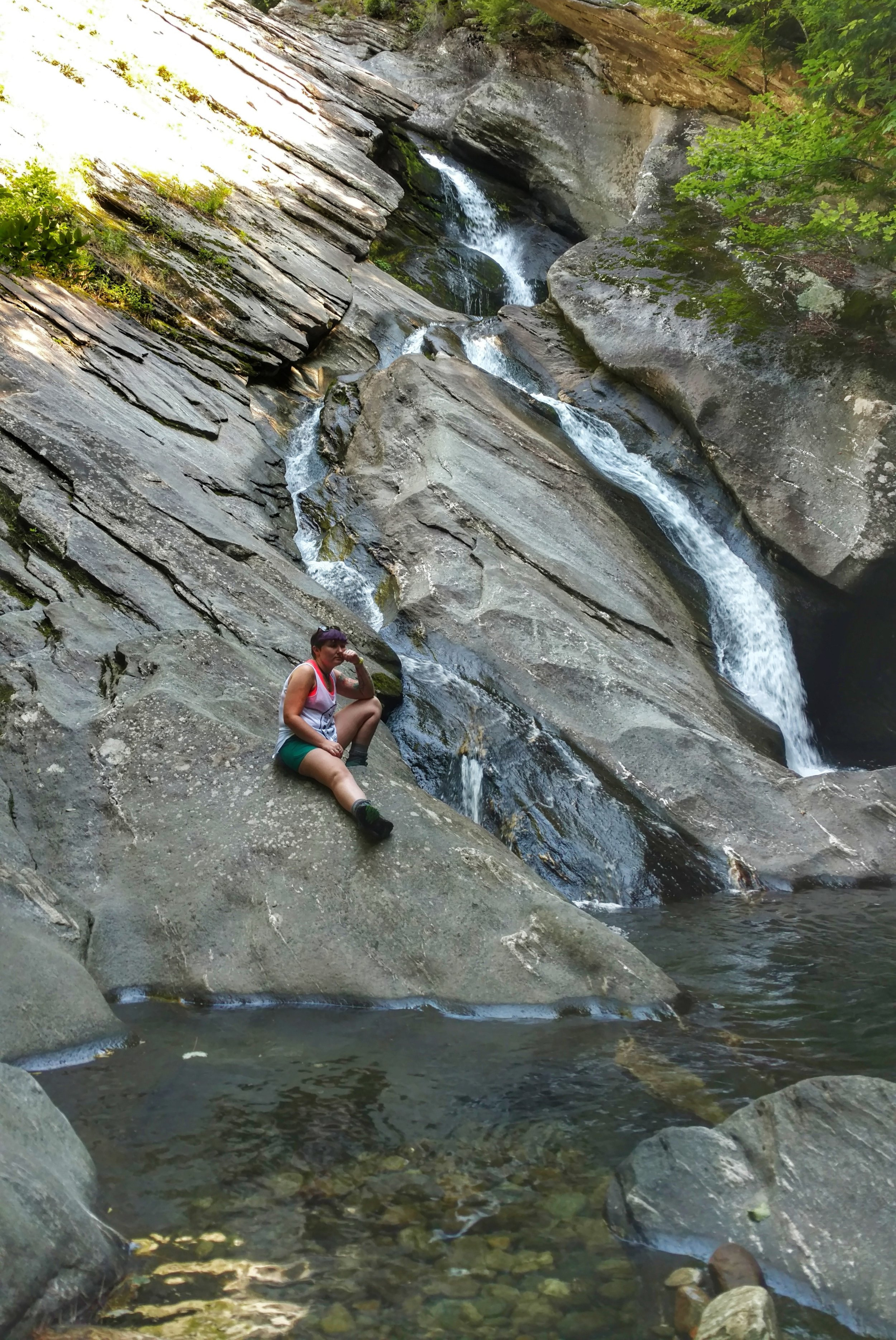 ultimate summer bucket list - hike to a waterfall