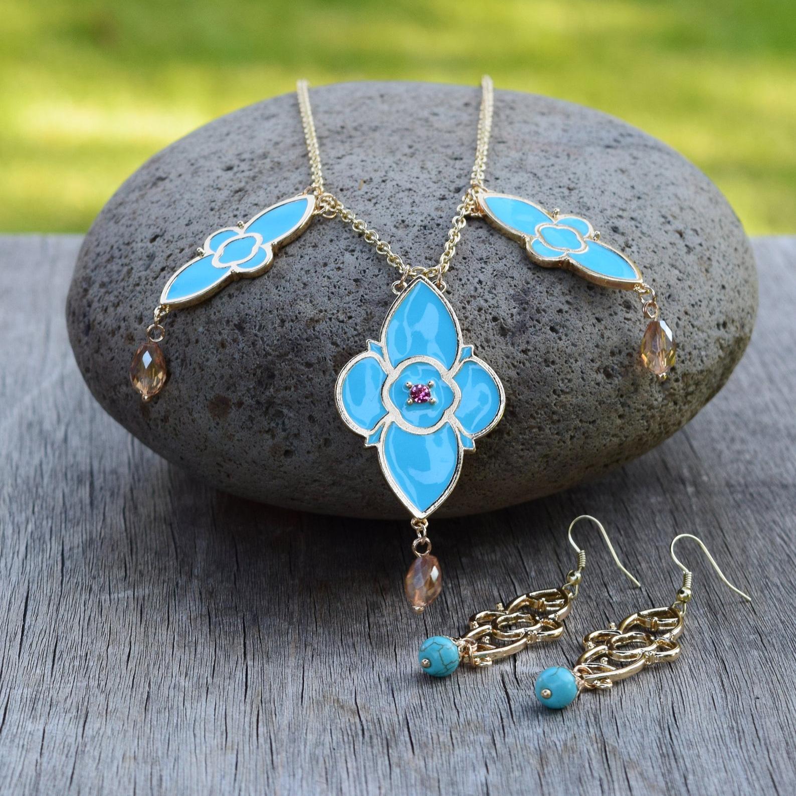 jasmine+necklace+and+earrings.jpg
