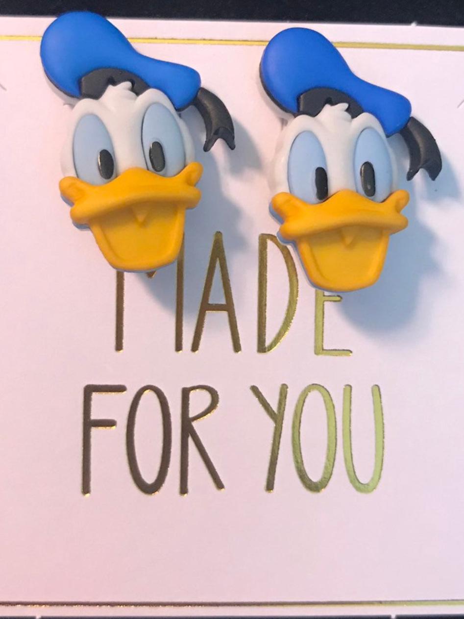Donald Duck Disneybound