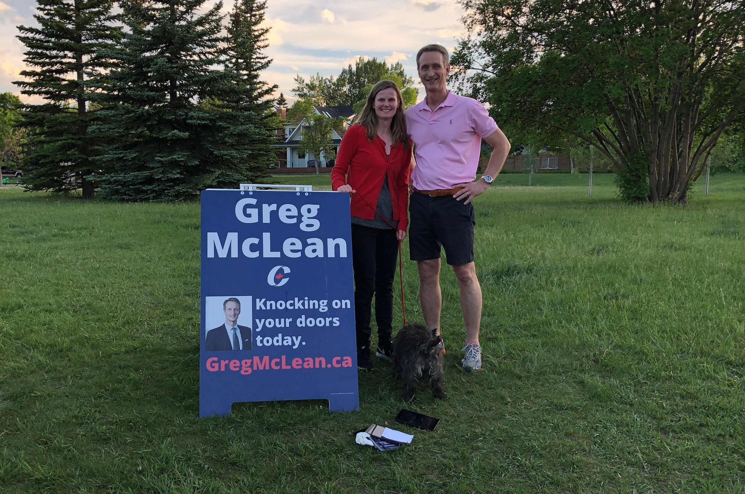 Everyone and their dog likes my neighbourhood signs. I'm getting a great reception at the doors, especially with the Liberal government's attacks on the oil and gas industry this week - passing bills C-69 and C-48.