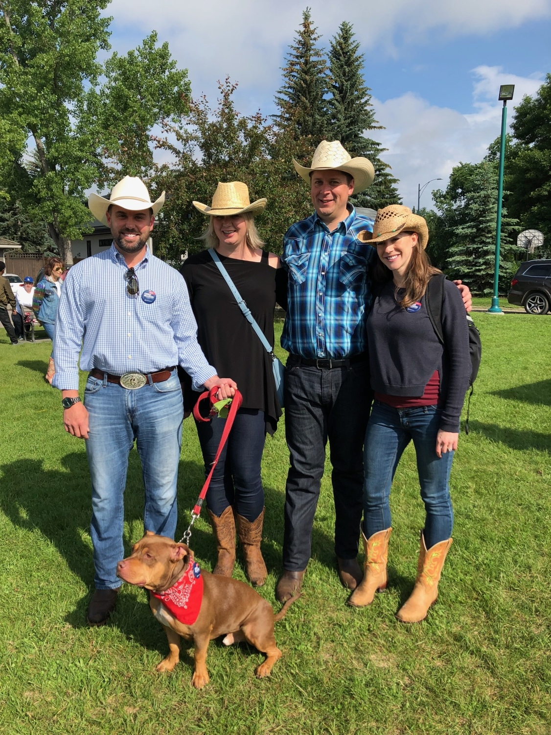 After the Chinook Mall, Andrew Scheer accompanied me to the neighbourhood Stampede event in Mayfair Bel-Aire.