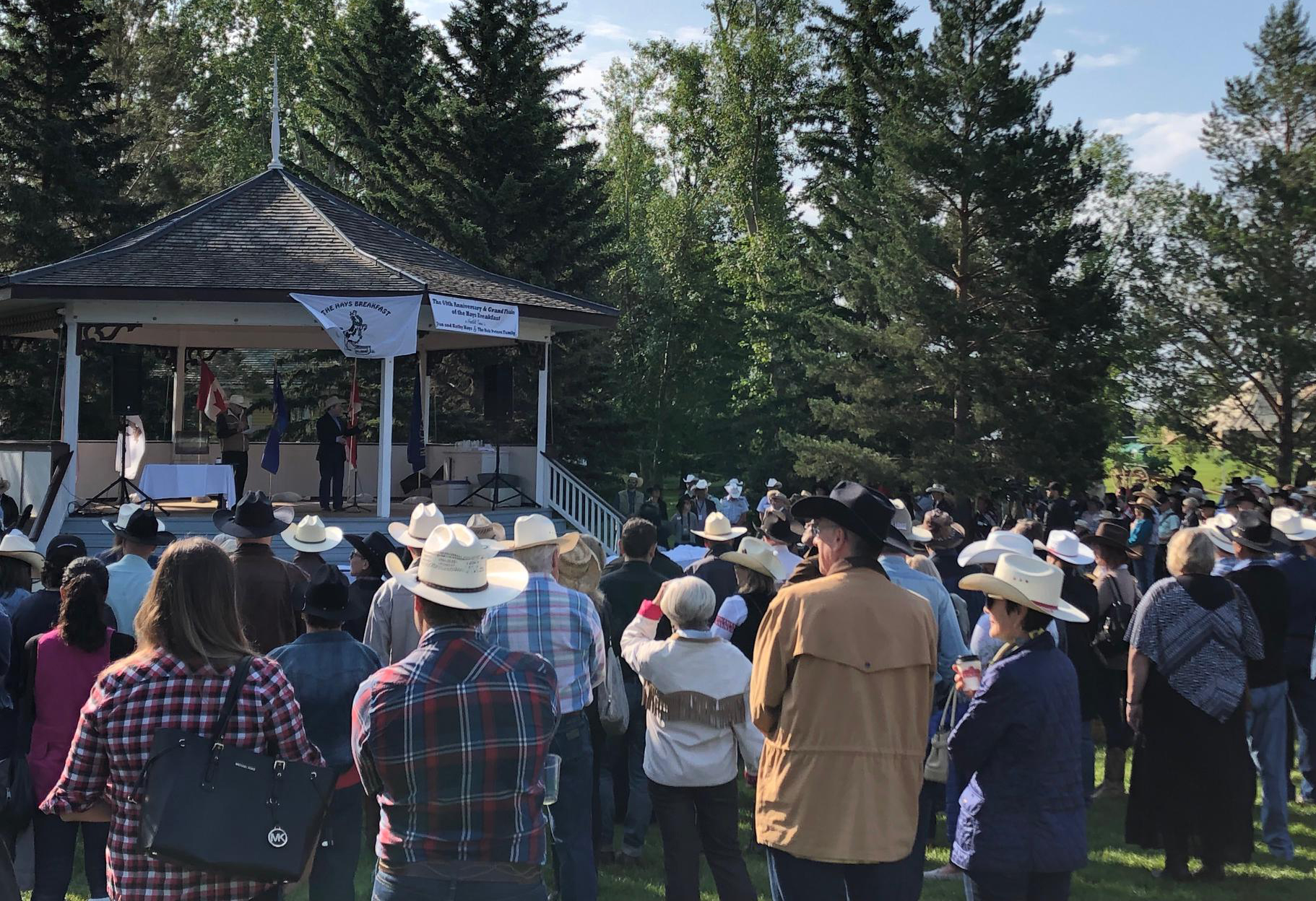 Sunday July 7 was the 69th annual Hays Breakfast, but unfortunately, the last one as the family has decided to end this Stampede tradition (although rumour has it that some folks intend to find a way to continue).
