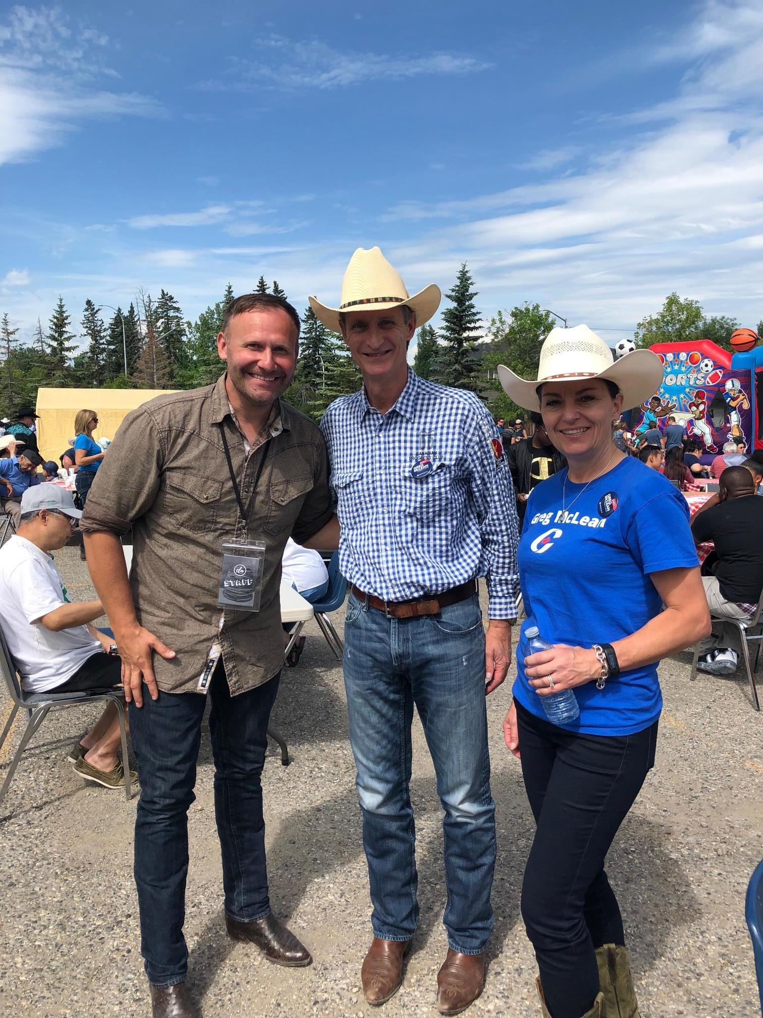 Can't say enough about the volunteers who organize these neighbourhood breakfasts and BBQs during Stampede. It brings communities together, and we applaud their commitment to making the events so terrific. Thank you all.