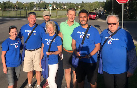 The sun was shining brightly on our doorknockers in Killarney this week. We'll take as many of these great evenings as we can get before the fall chill sets in!