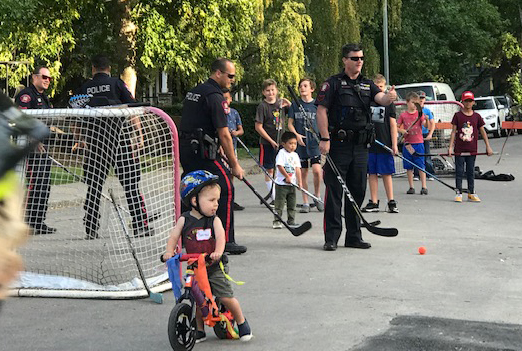 We had great fun meeting people at 'Miracle on 34th Street' in Killarney on Saturday (Sept 7). Bicycle decorating, road hockey, the local boys in blue, and some great eating! Mother Nature cooperated and the band played! Magic evening.