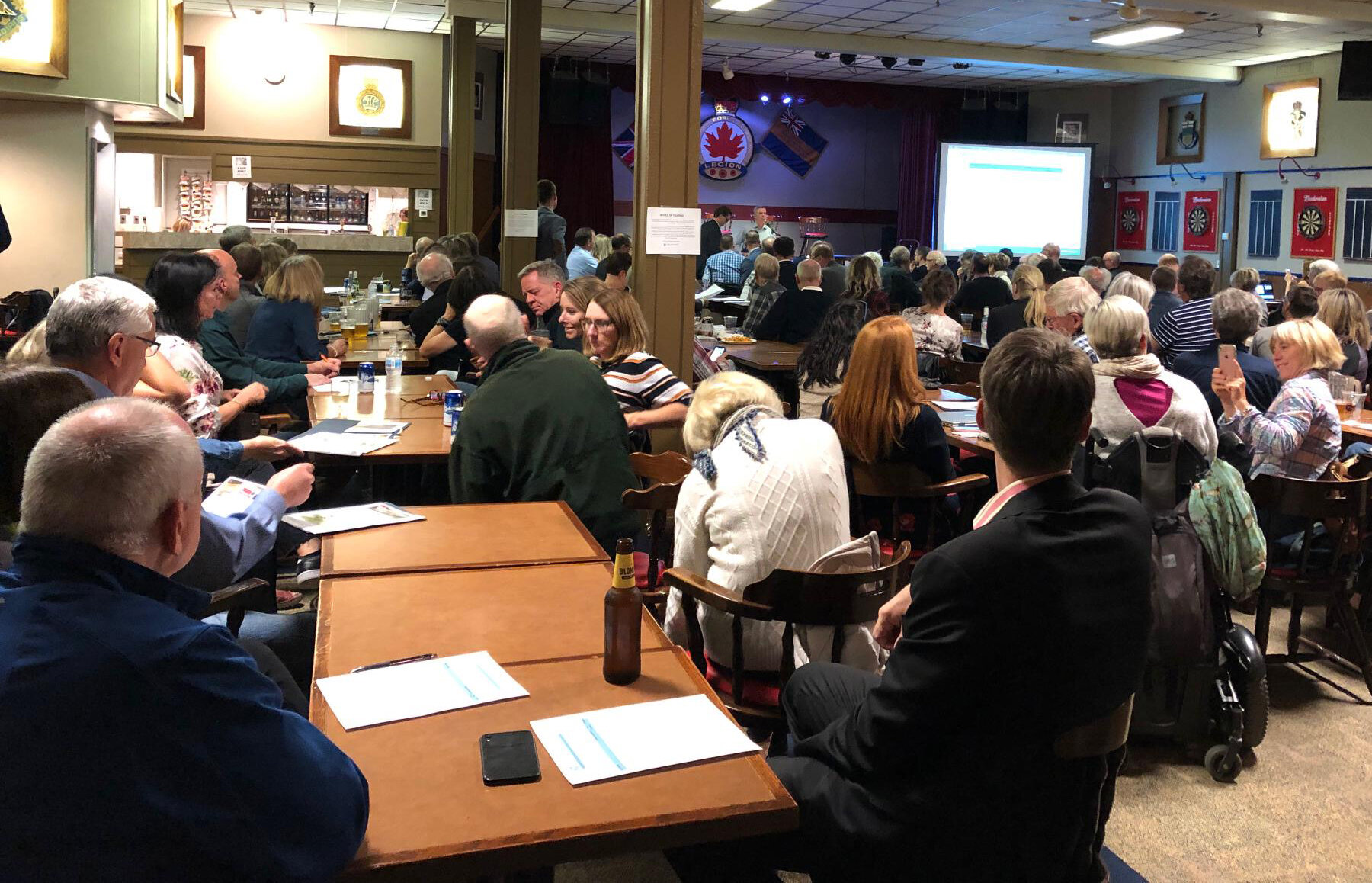 On Thurs I attended the AGM for Calgary River Community Action Group. Great turnout of engaged citizens. Also attending to hear from the residents were MLA Doug Schweitzer, MLA Ric McIver, and Councillor Jeromy Farkas.